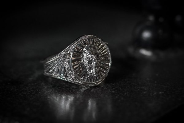Dragon Wing Screaming Skull Ring - LG 3/4 right