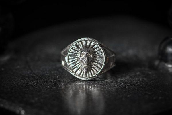 Screaming Skull Ring SM - Front